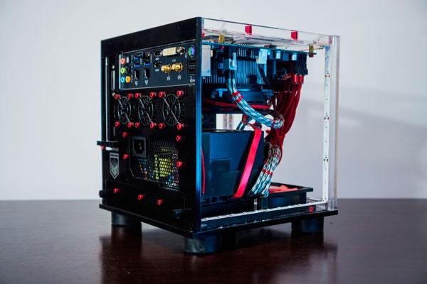 imagen donde vemos la estructura y componentes internos del PC de Minecraft.