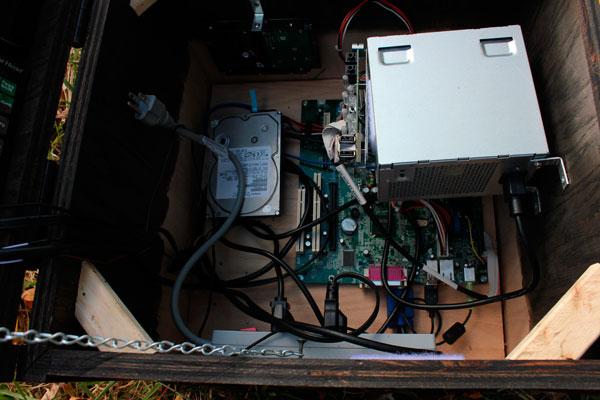 cofre-de-minecraft-con-ordenador-5