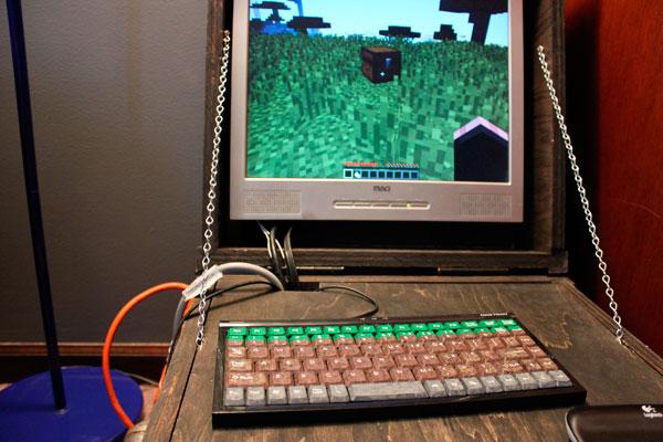 cofre-de-minecraft-con-ordenador-7