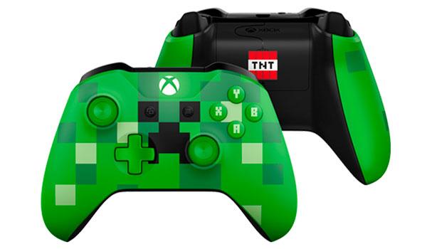 Imagen donde vemos la parte frontal y trasera del mando del Creeper de la consola Xbox One S edición limitada de Minecraft.