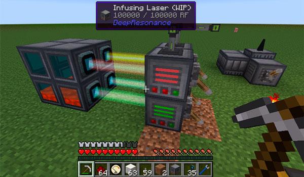 Imagen donde vemos como con un láser de infusión se generan grandes cantidades de energía, con el mod Deep Resonance 1.12 y 1.12.1.