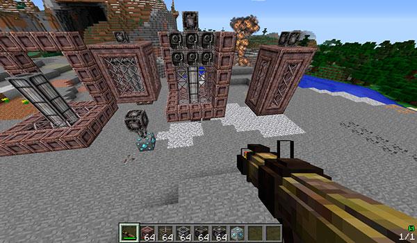 Imagen donde podemos ver un jugador utilizando una de las armas de fuego que añade el mod Techguns 1.12.2.