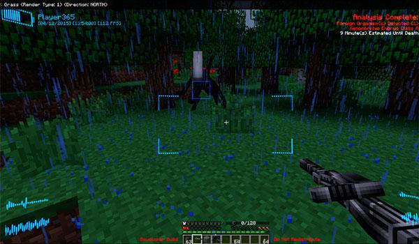 Imagen donde vemos un jugador enfrentándose a una de las criaturas que encontraremos con el mod Aliens vs Predator 1.12.2.