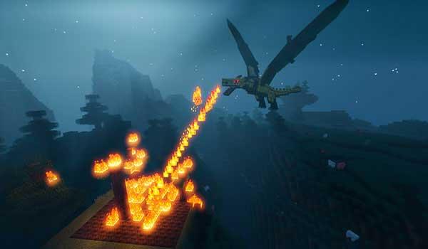 Imagen donde podemos ver uno de los dragones que añade el mod Ice and Fire 1.16.1 y 1.16.3, lanzando fuego por la boca.